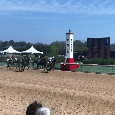 Racing at Oaklawn