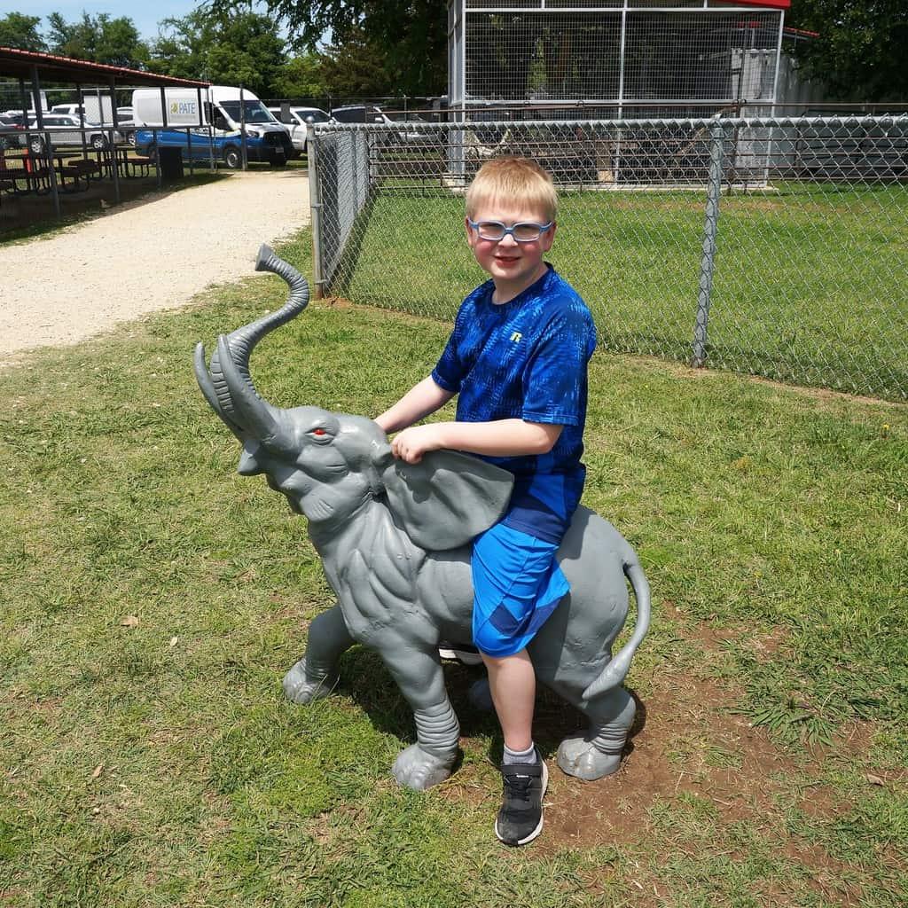 April Adventure – Sharkarosa Wildlife Ranch