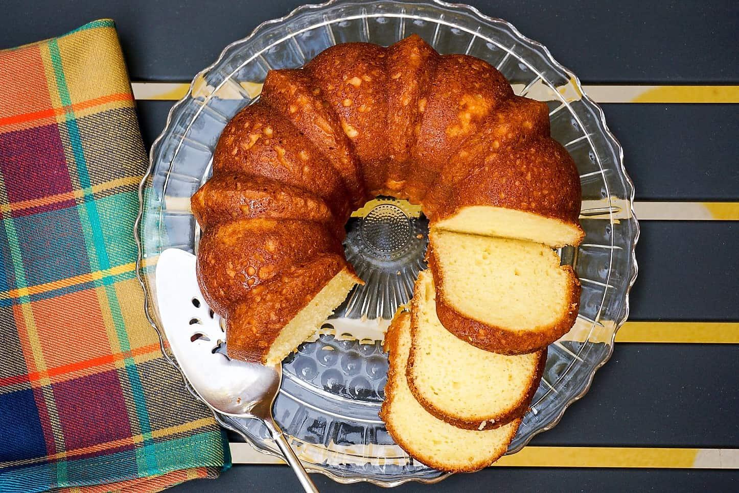 Almond Pound Cake Easy Recipe