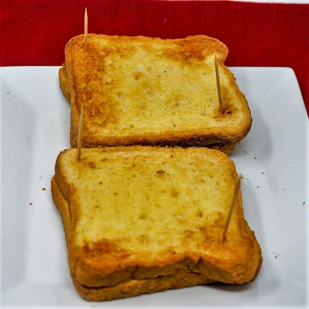 Grilled Cheese Sandwiches with Toothpicks