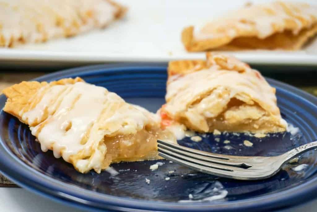 Air Fryer Fruit Pie