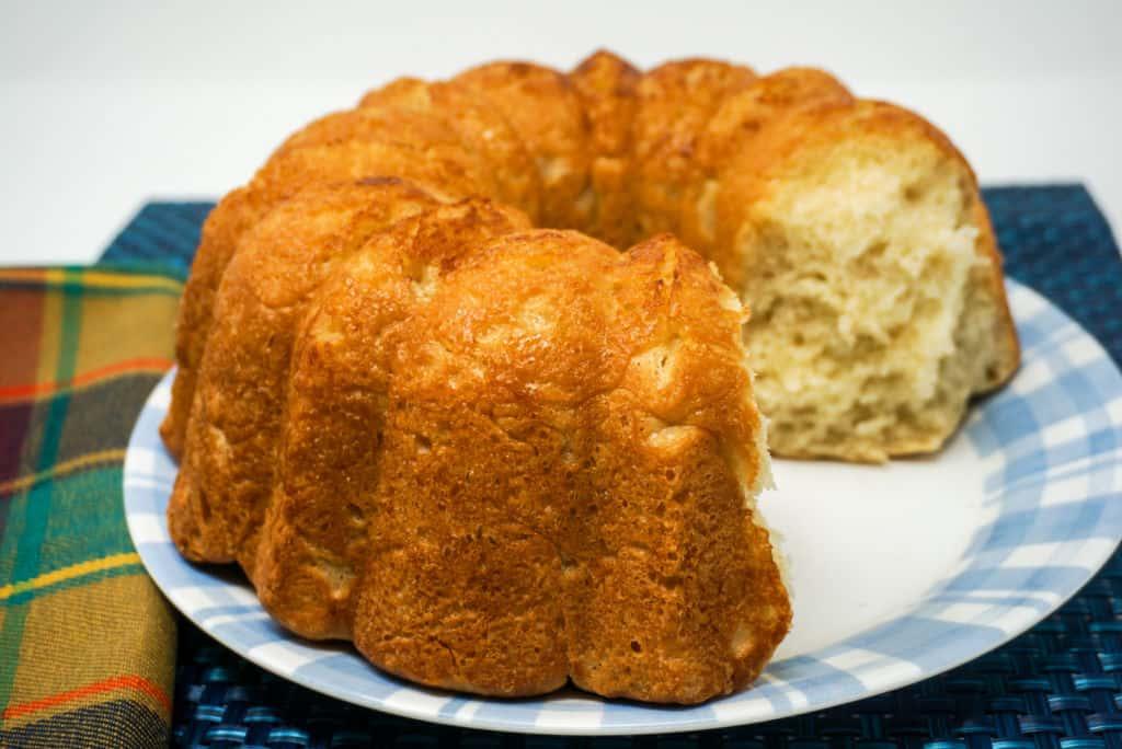 Pull Apart Dinner Bread Monkey Bread