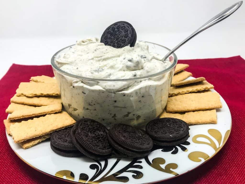 Oreo Cookies 'n Cream Dip
