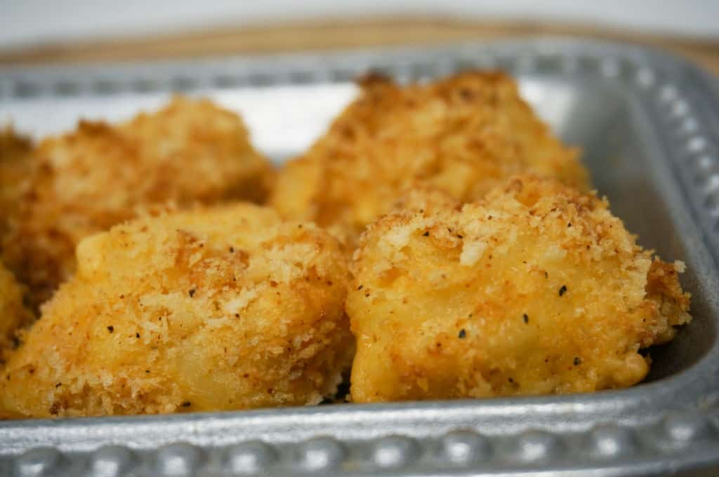Spicy Air Fryer Mac and Cheese Bites