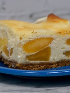 Cheesecake Bars with Apple Pie Filling