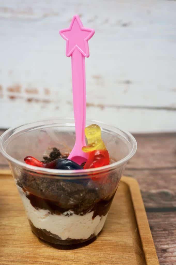 Dinosaur Dirt Pudding Cups