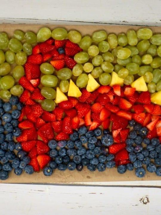 Easy Dinosaur Fruit Tray
