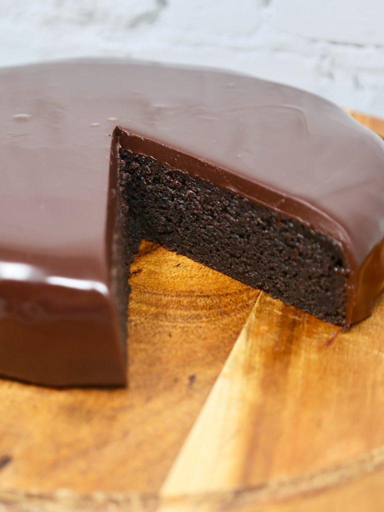 Three Ingredient Oreo Cake